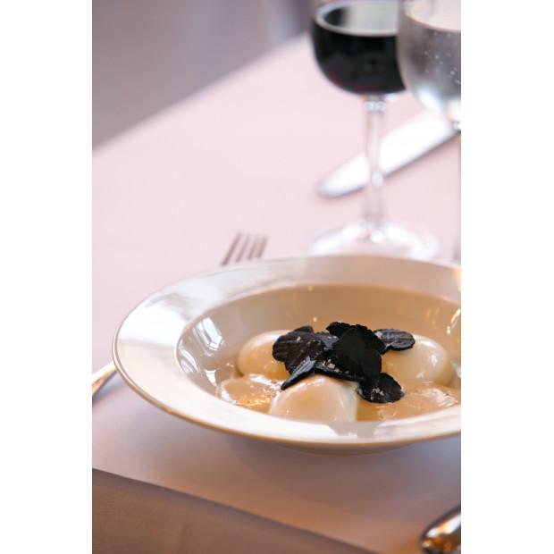 Set of 4 French Classics white soup plates 2 sizes
