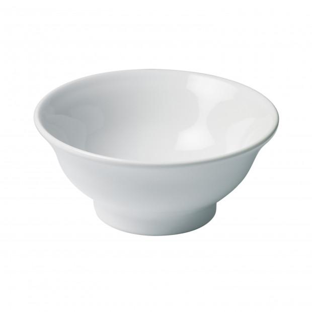 Crème brûlée dish in white porcelain