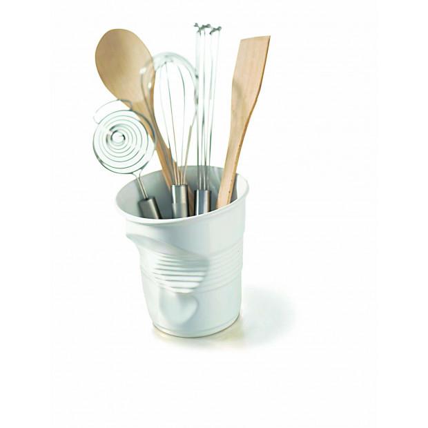 Crumpled porcelain utensil pot