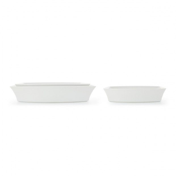 Rectangular white porcelain oven dish