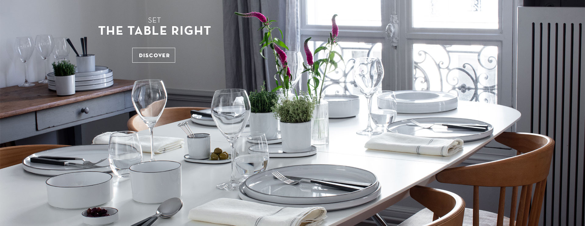 caractere white dinnerware